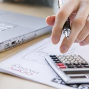 2-1-290x290 Кому доверить ведение бухгалтерского учета предприятия?