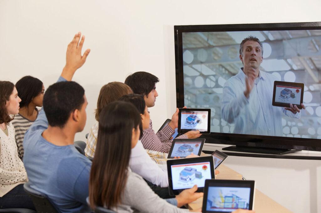 building_digitally_enhanced_learning-1024x682 Как построить успешный бизнес на онлайн-тренингах